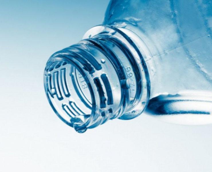 Woda mineralna, źródlana, a może stołowa? Jaką wodę wybierać? 21